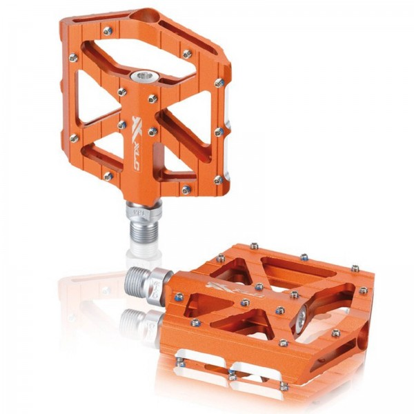 XLC BMX Freeride Plattform Pedal PD-M12 Aluminiumkörper CNC orange